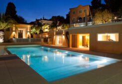 Riviera Home Concept - VILLA BASTIDE VUE DE LA PISCINE DE LA PROPRIETE