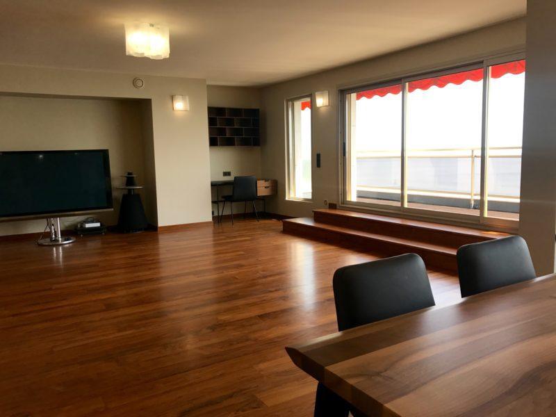 Salle à manger, salon, bureau