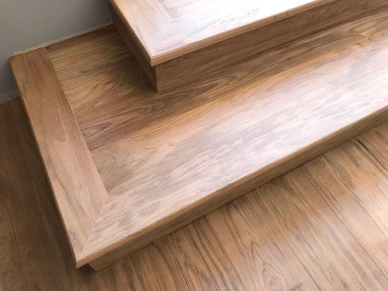 Escaliers en Teck