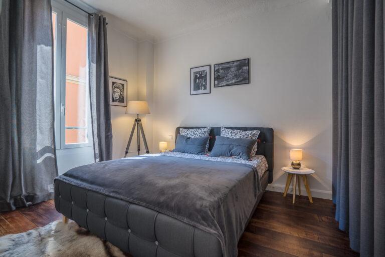 Vente et optimisation d'un appartement F2 ancien à Beausoleil/Monaco, rénovation,  décoration et création d'un meublé de tourisme